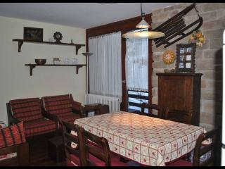 2 bedroom Condo with Dishwasher in Breuil-Cervinia - Breuil-Cervinia vacation rentals