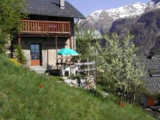 2 bedroom Chalet with Internet Access in Mizoen - Mizoen vacation rentals