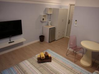 Nice Kaohsiung Studio rental with Internet Access - Kaohsiung vacation rentals