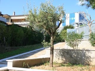 Appartamento Solferino - Desenzano Del Garda vacation rentals