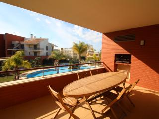 Palm Village - 3 bedroom apartment - sleeps 6 + 1 - Vilamoura vacation rentals