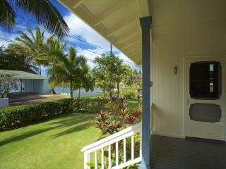 Delightful 2BR Cottage w/Whitewater Ocn Views & Sunsets, Surf, Sand & Snorkel - Koloa vacation rentals