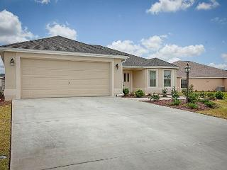 Beautiful 3 bedroom home in the Village of Hillsborough - Allamanda Model - Lady Lake vacation rentals
