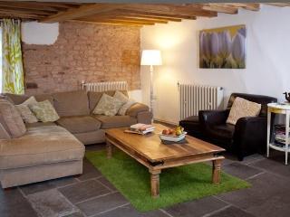 Hay Cottage Halsbeer Farm - Cullompton vacation rentals