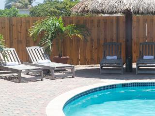 Azur Aruba - studio apartment #1 - Palm/Eagle Beach vacation rentals