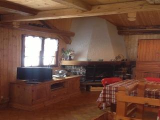 Sunny Chalet with Deck and Internet Access - Saint Jean d'Aulps vacation rentals