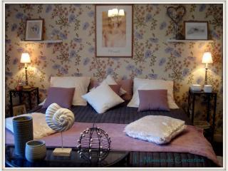 Chambres d'hôtes Champêtre, La Maison de Corentine - Plonévez-Porzay vacation rentals