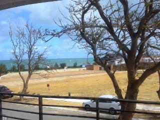Beautiful Townhouse with Internet Access and A/C - South Fremantle vacation rentals