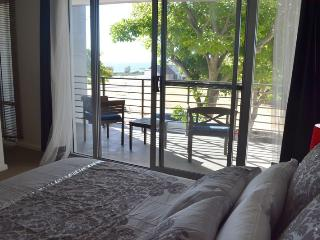 Beautiful 3 bedroom South Fremantle Townhouse with Internet Access - South Fremantle vacation rentals