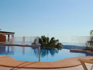 Flat with terrace and amazing pool - El Poble Nou Del Delta vacation rentals