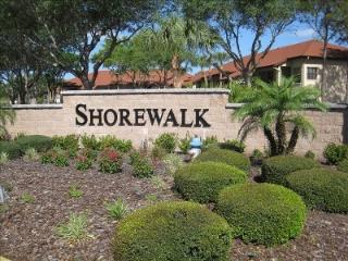 Shorewalk Condo, Newly Decorated w/lake view - Bradenton vacation rentals
