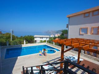 Villa Dobre Vode / Family Suite Superior - Bar vacation rentals