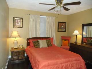 Batavia Suites B - Nashville vacation rentals