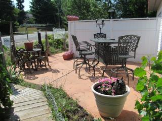 Rose Garden Room at North Park West B&B - Suttons Bay vacation rentals