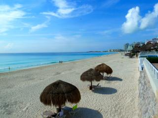 Cancun Beach Large 1 Bedroom - Cancun vacation rentals