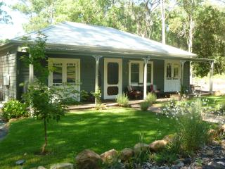 Lemon Tree Cottage - Kangaroo Valley vacation rentals