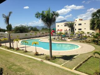 Live in Paradise in this 3bd Apt w/wifi - Santiago vacation rentals