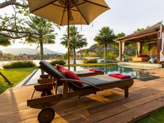 Villa Dasiri Luxury Lake front Villa - Hua Hin vacation rentals