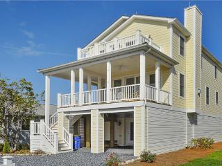Only 1.5 blocks to the ocean, 7 bedroom home with porches - Delaware vacation rentals