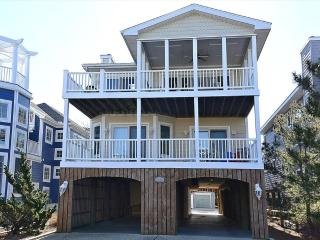 Gorgeous 6 bedroom home with den. Very close to the beach, boardwalk, and shopping! - Bethany Beach vacation rentals