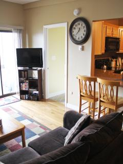 Beautiful 2 bedroom Condo at Weirs Beach - Weirs Beach vacation rentals