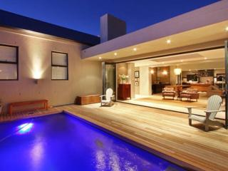 Cape Town villa with awesome views - Plattekloof vacation rentals