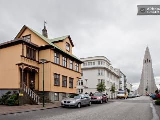 Felicia´s Flat downtown Reykjavik. - Reykjavik vacation rentals