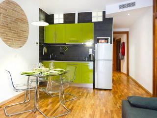Central Flat Barcelona, Balcony - Barcelona vacation rentals