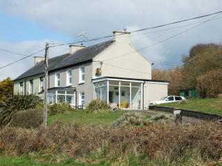 Rosemount House, dog friendly, costal getaway - Whitegate vacation rentals