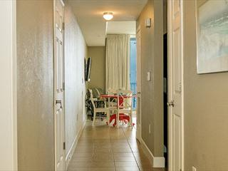 BEACHFRONT FOR 6! GREAT DECOR! WOW VIEWS! OPEN WEEK OF 4/4 10% OFF BOOK NOW - Panama City Beach vacation rentals