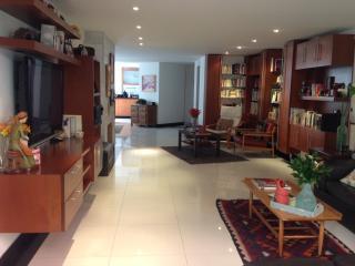 FamilyLuxuryApt! 2bd/2.5bth Tourism/work/adoption. - Bogota vacation rentals