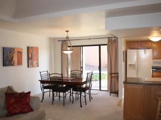 Great Condo for Rent in Tucson Foothills! (MINIMUM 30 DAY STAY) - Tucson vacation rentals