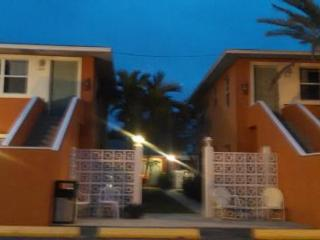 Nice 1 bedroom Resort in Treasure Island - Treasure Island vacation rentals