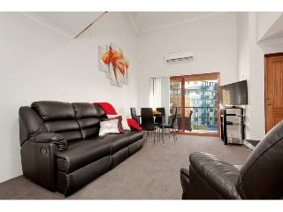 Nice 4 bedroom Condo in Perth - Perth vacation rentals