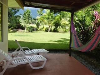La Casita Ojochal- Colors and sweetnesses - Ciudad Colon vacation rentals