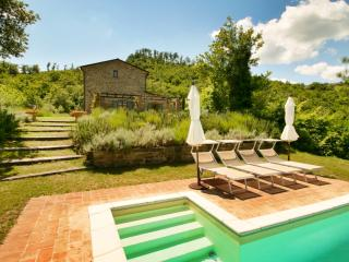 La Rondinaia, elegance and seclusion - Pietralunga vacation rentals