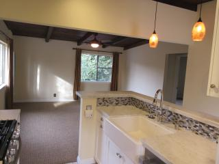 Mountain Views Guesthouse - Oak View vacation rentals
