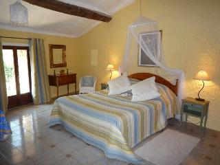 Le Vallespir apartment with roof terrace & views - Reynes vacation rentals