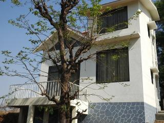 Nice Bungalow with Deck and Balcony - Jawhar vacation rentals