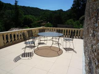 1 bedroom Apartment with Internet Access in Reynes - Reynes vacation rentals