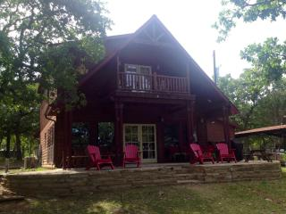 Your ESCAPE!! 4BR Waterfront Lake Lodge with Priva - Chico vacation rentals