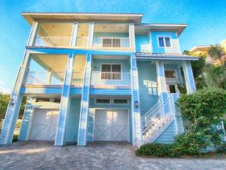 Beachfront Aqua Escape - 5 Bdrs  - Private Pool - Clearwater vacation rentals
