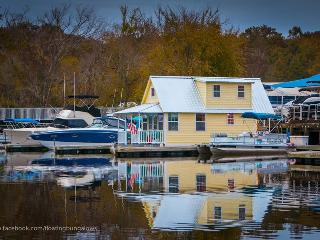 Nice Boathouse with Deck and Internet Access - Sanford vacation rentals
