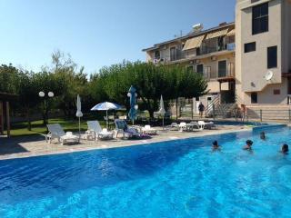 IONIS HOTEL- TRIPLE ROOM - Peratata vacation rentals