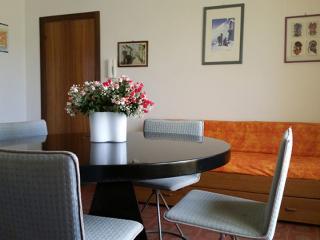 Two roomed-flat Bouganville near the sea - Villa Rosa di Martinsicuro vacation rentals