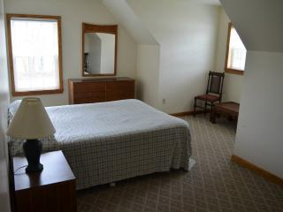 Nice Condo with Patio and Game Room - Lake George vacation rentals