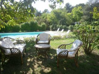 La maison d'Anna en Luberon, mas en Provence - Lauris vacation rentals