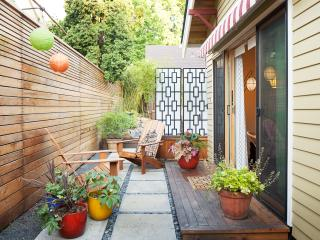 Perfect 1 bedroom Portland Cottage with Deck - Portland vacation rentals