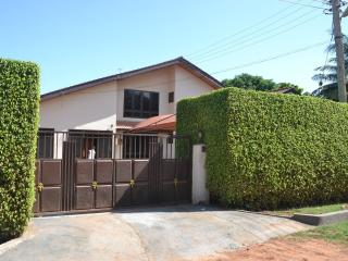 6 bedroom Guest house with Internet Access in Accra - Accra vacation rentals