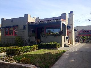 CASA BY THE SEA - A BREATHING SPACE - Oceanside vacation rentals